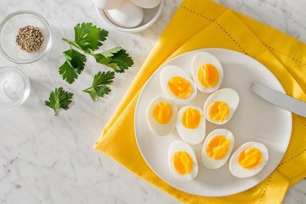 Giảm mỡ mặt bằng Trứng