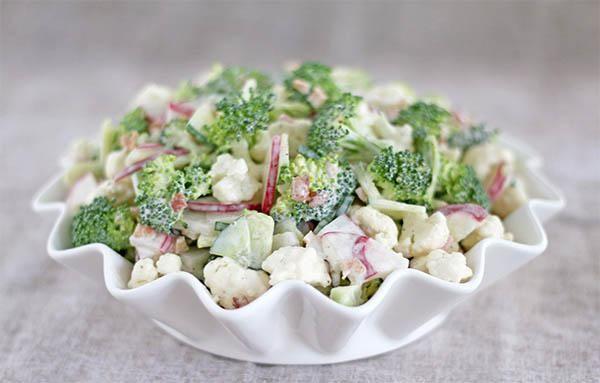 Salad giảm cân từ súp lơ với sốt mayonnaise